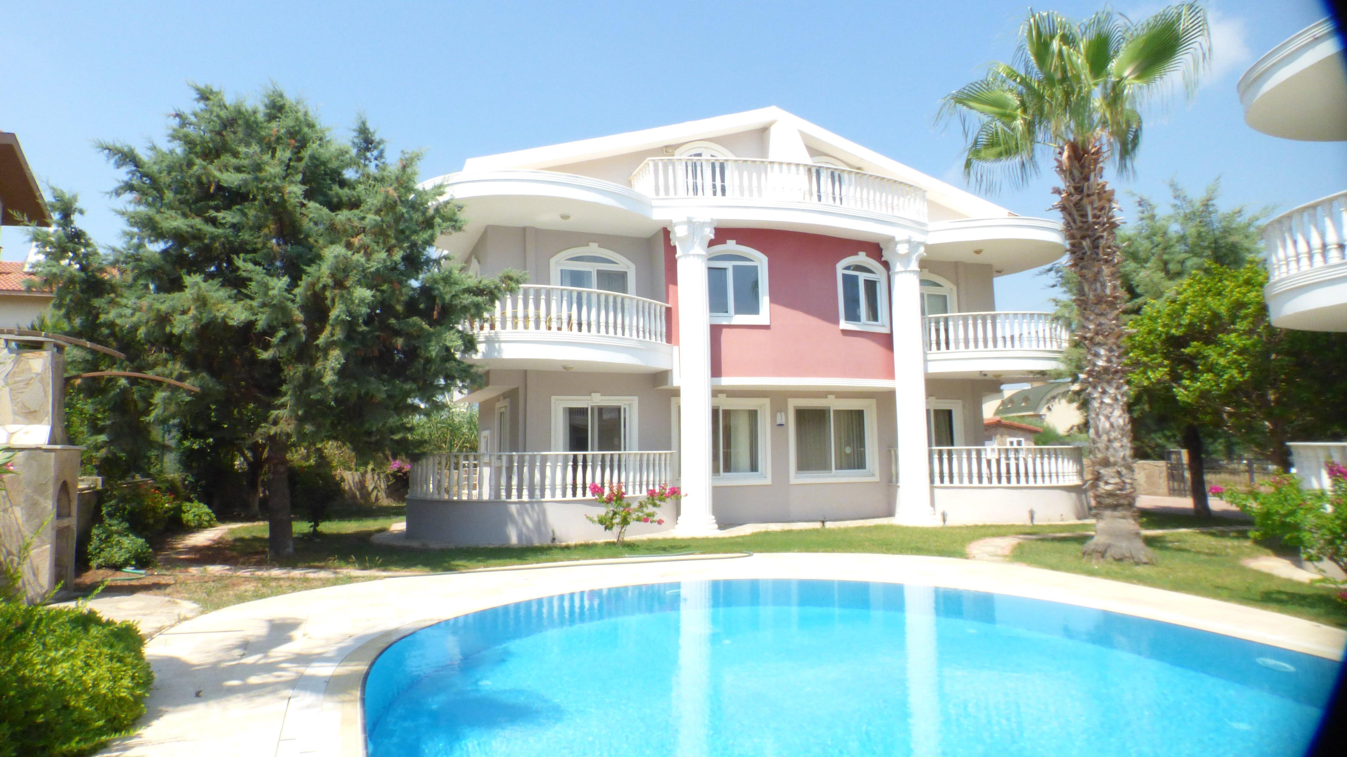 Bargain deal! 3-Bed Twin Villa