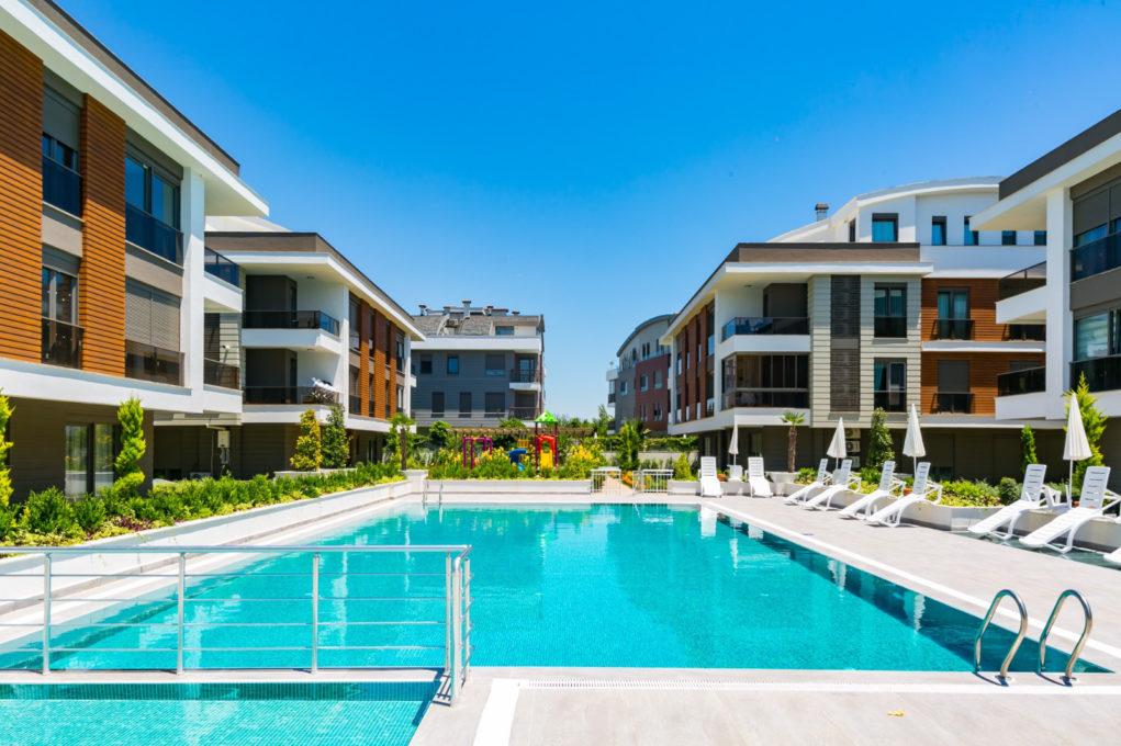 Роскошные апартаменты с 2 спальнями в Ларе