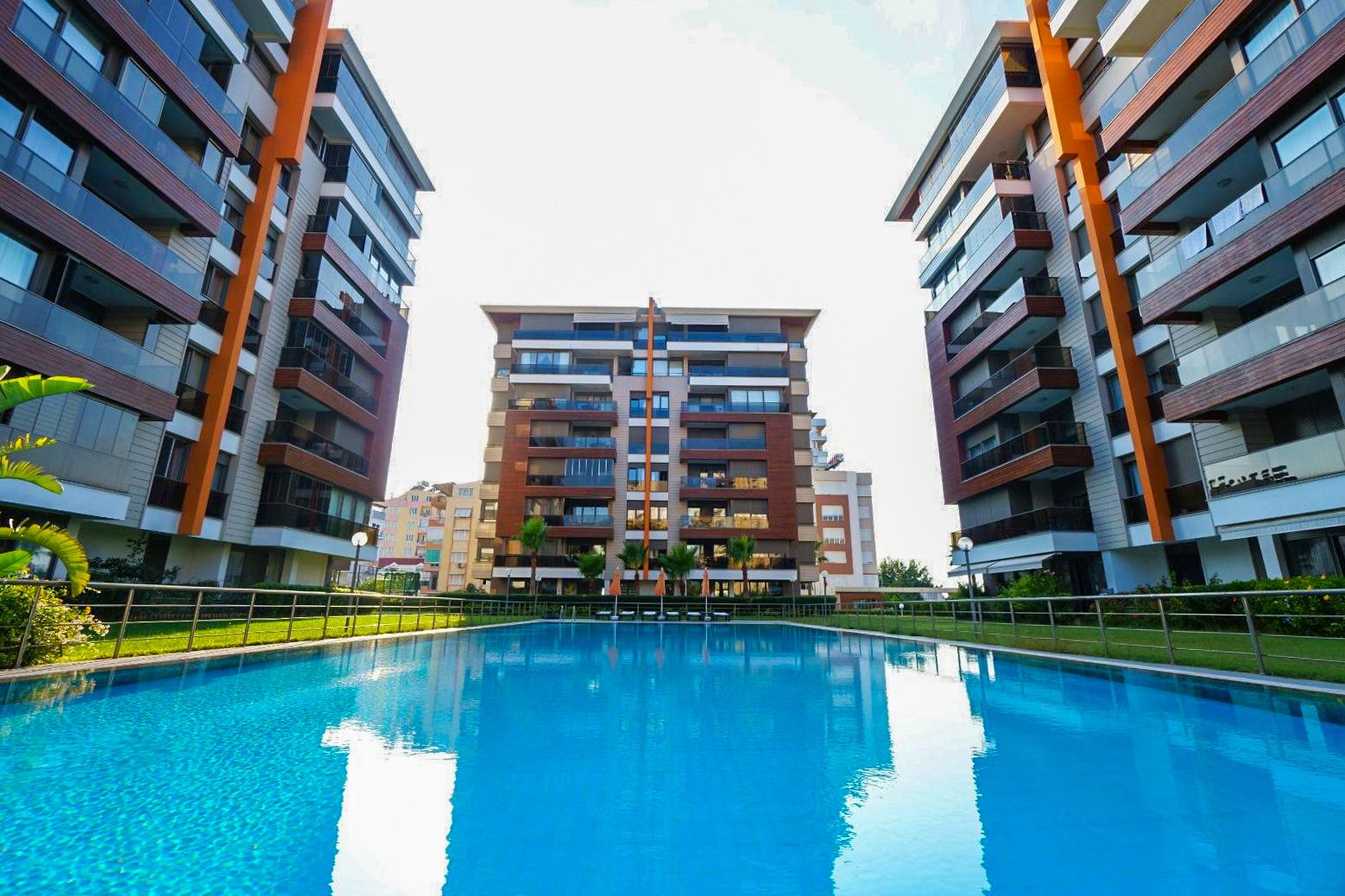 Appartement Neuf de 3 Pièces  à Antalya