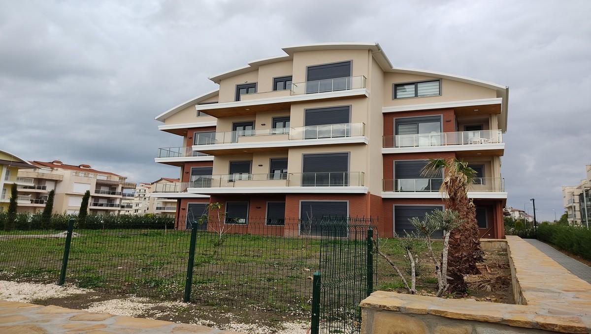 Апартаменты с 2 спальнями с выходом в сад